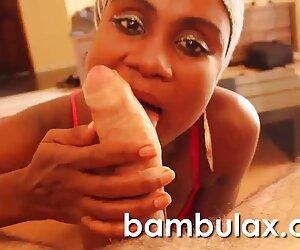 Rubia chick masturbación con hentai sub en español la mano