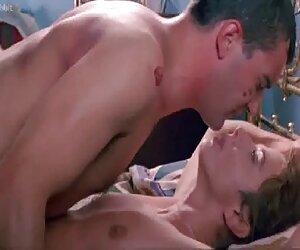 Joven moza digitación su anal a los peliculas porno en español latino cuatro dedos
