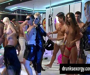 Allie Sin recluta ver videos xxx español lesbiana