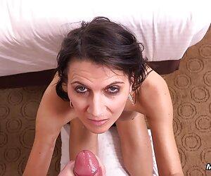 Hermosa bbw acaricia peludo maduras lesbianas españolas vagina