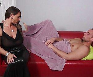 Escena ver sexo en español lésbica con la preciosa Laly Vallade